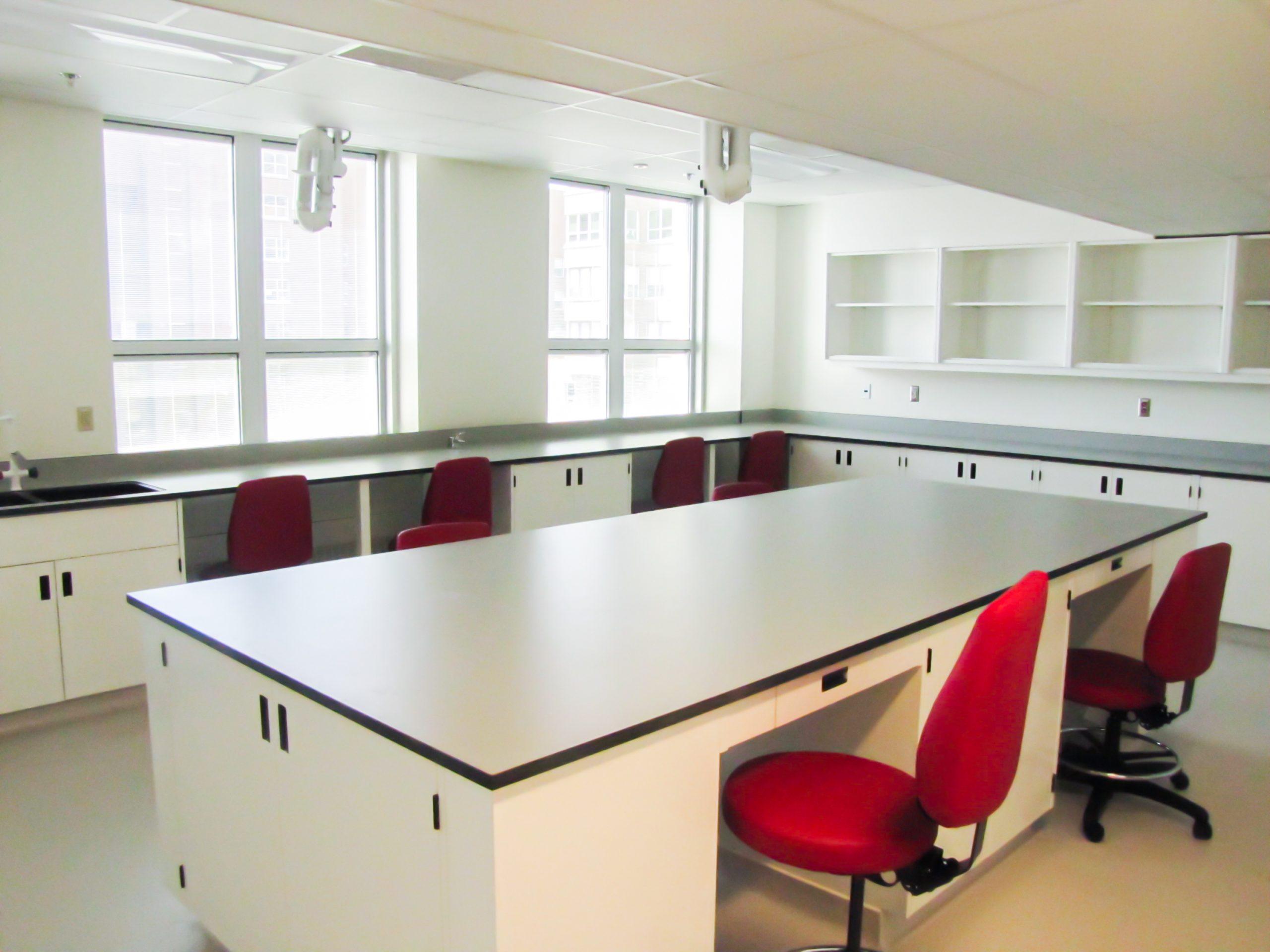Laboratoire de la plateforme CLIP à l'Hôpital général de Montréal